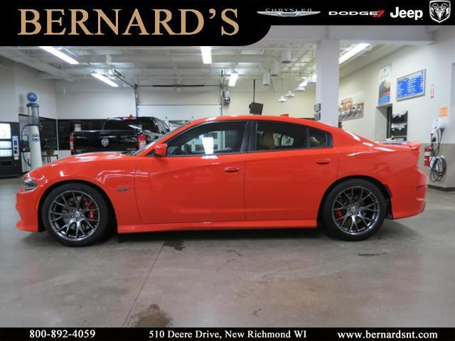 Pre Owned 2016 Dodge Charger Srt 392