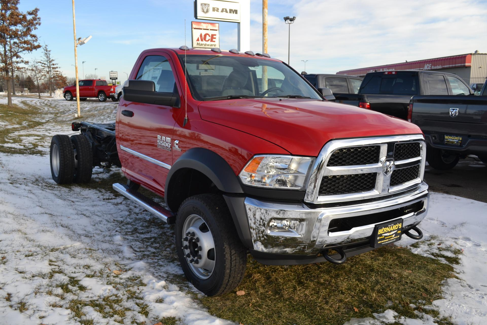 Dodge Ram 5500 >> New 2018 Ram 5500 Chassis Cab Tradesman Regular Cab In New Richmond