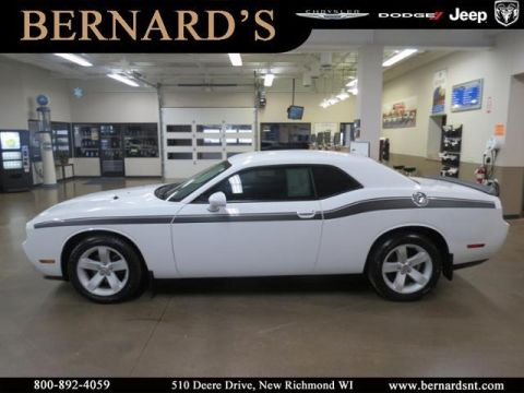 Pre-Owned 2014 Dodge Challenger BASE